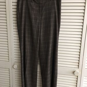 Jones New York Ladies pants size 8